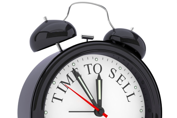 Time to sell clock image